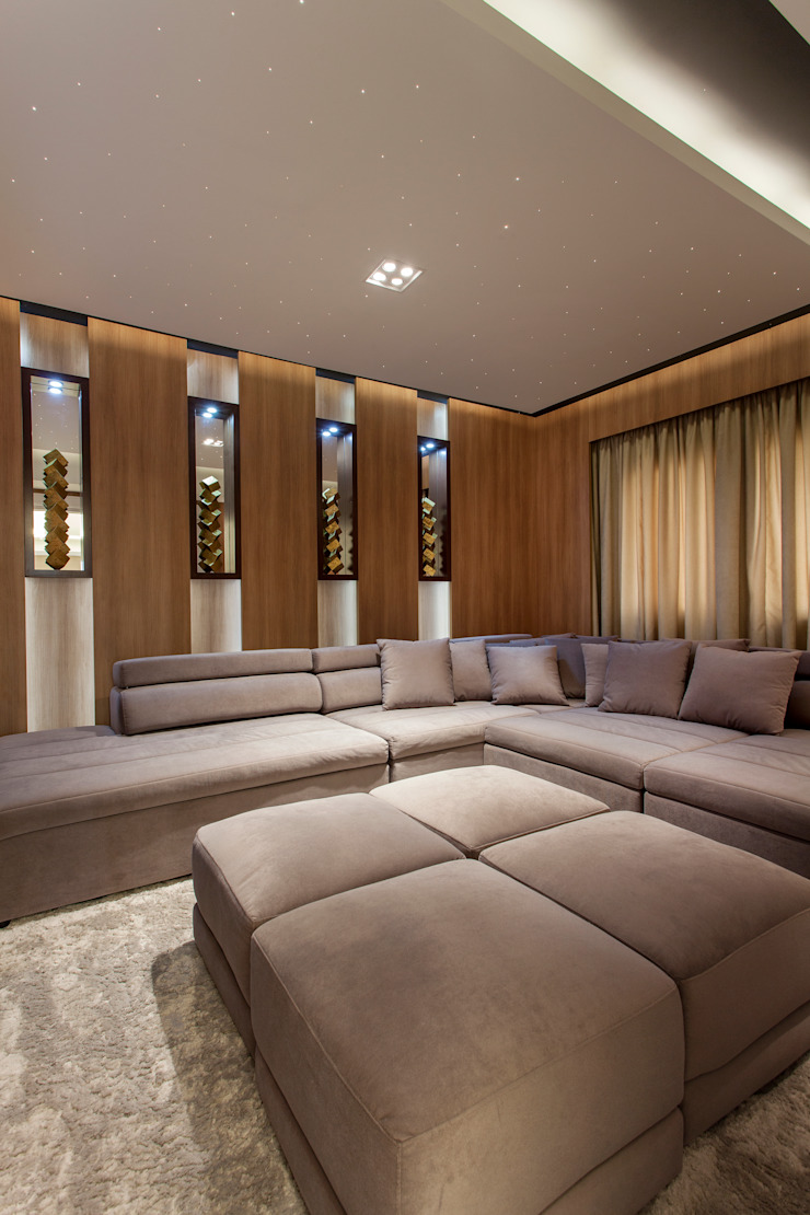 Modern media room by Designer de Interiores e Paisagista Iara Kílaris Modern