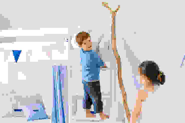 Nursery/kid's room by Helena und Frederic Bode GbR