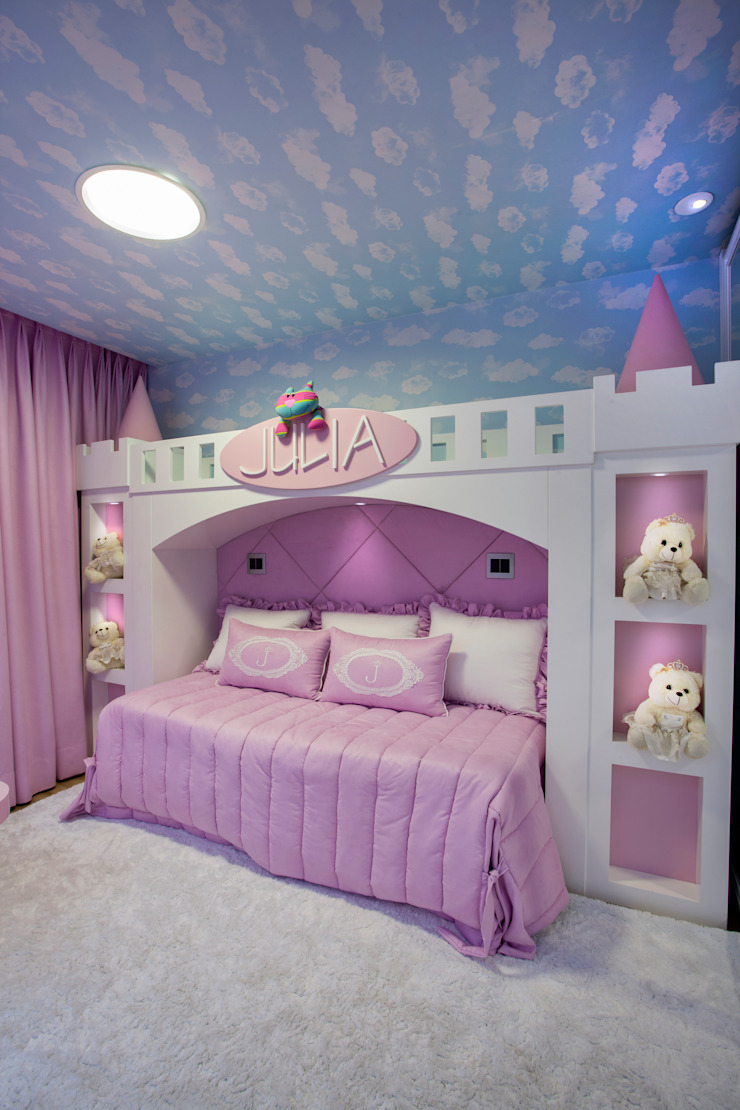 Modern nursery/kids room by Designer de Interiores e Paisagista Iara Kílaris Modern MDF