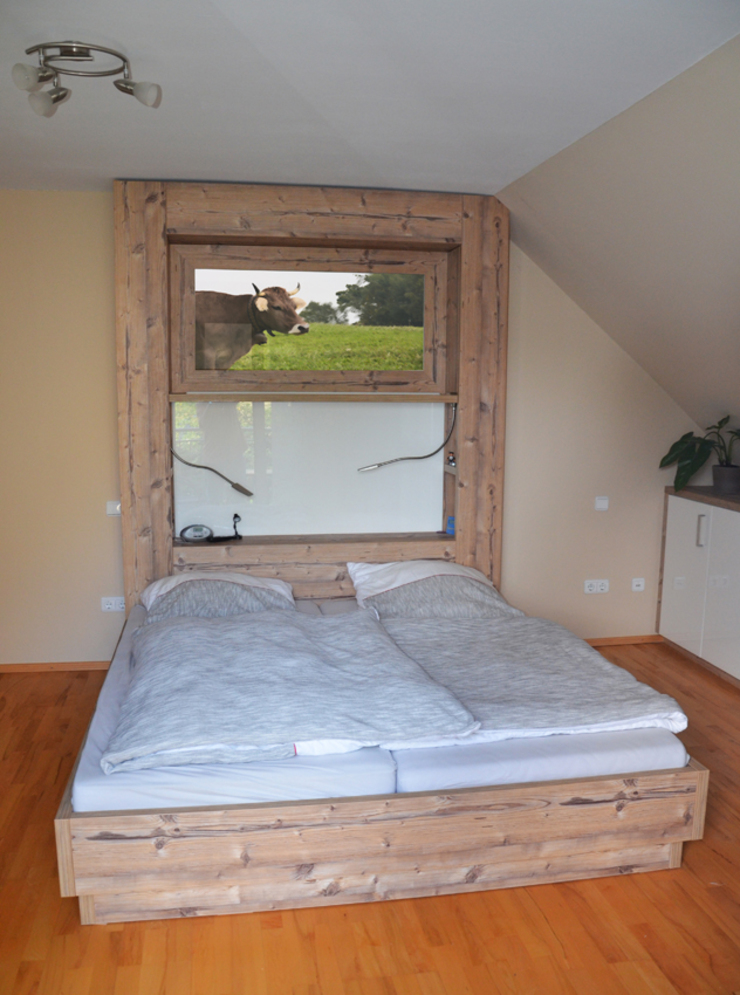 Schlafzimmer moder / rustikal: modern  von herpich & rudorf GmbH + Co. KG,Modern Holz-Kunststoff-Verbund