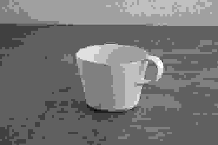 カップ: manami.0515が手掛けたミニマリストです。,ミニマル 陶器