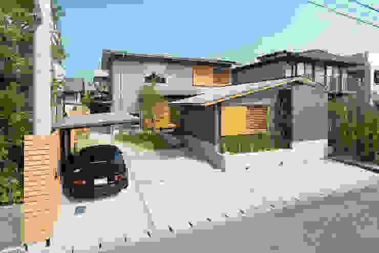 Modern balcony, veranda & terrace by FAD建築事務所 Modern