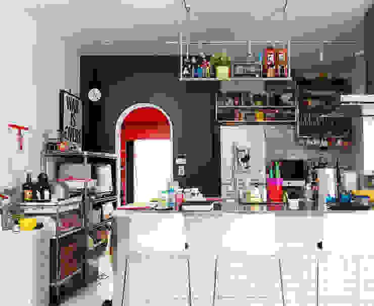 Cuisine moderne par ユミラ建築設計室 Moderne