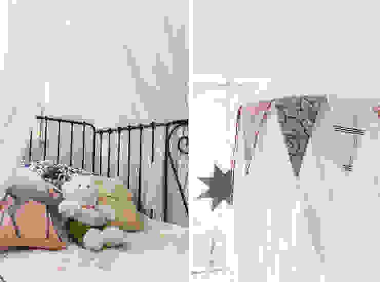 オリジナルデザインの 子供部屋 の Ayuko Studio オリジナル