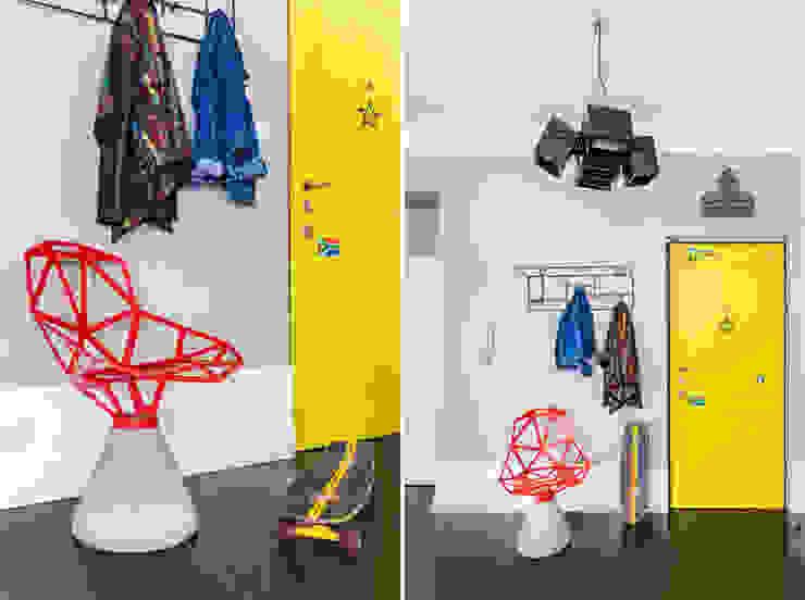 Corredores, halls e escadas ecléticos por Ayuko Studio Eclético