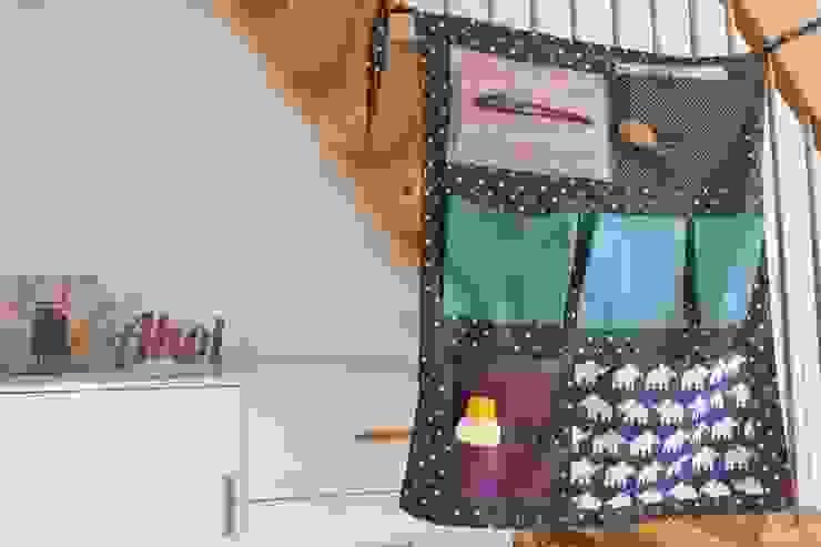 LYBSTES. Corridor, hallway & stairsStairs Purple/Violet