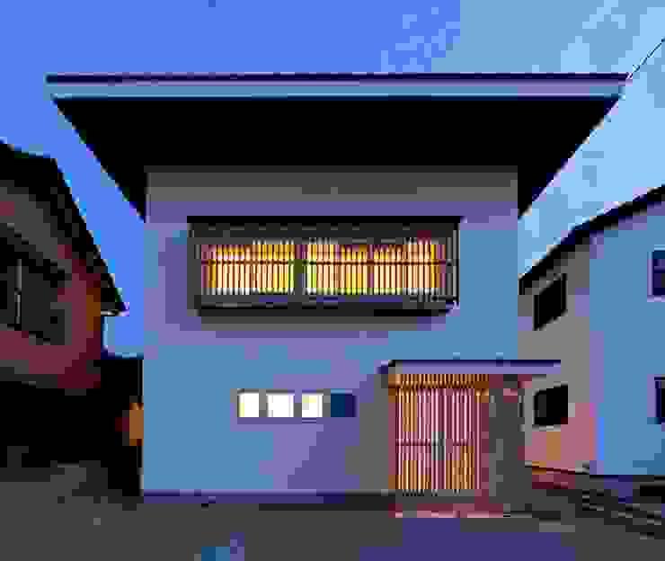 愛媛県内子町の住宅 モダンな 家 の Y.Architectural Design モダン 鉄/鋼