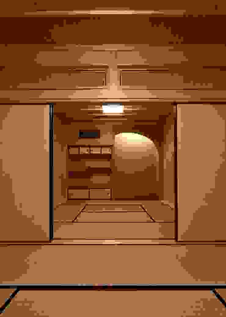愛媛県内子町の住宅: Y.Architectural Designが手掛けたカントリーです。,カントリー 木 木目調