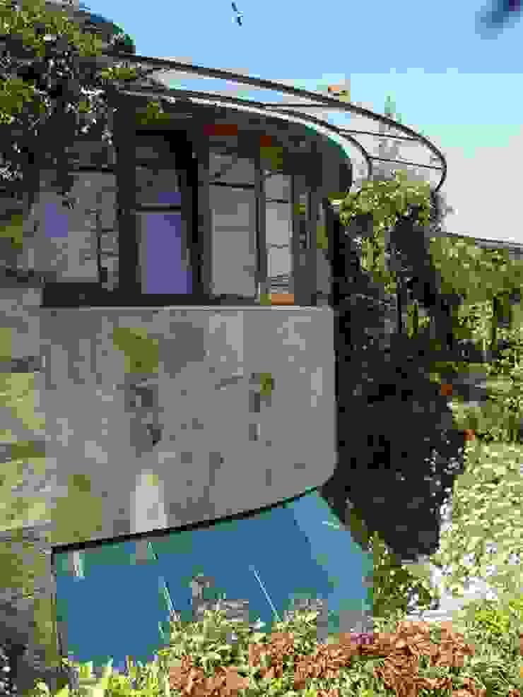 Karst, Lda Casas de estilo ecléctico