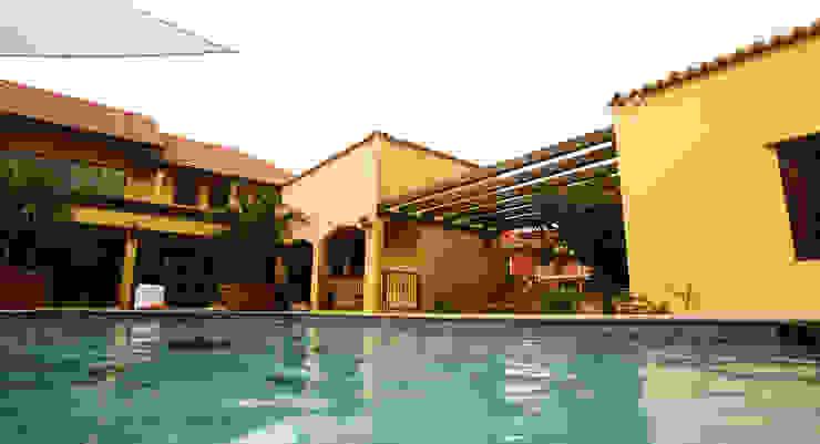 pool Tropische zwembaden van architectenbureau Aerlant Cloin BNA Tropisch