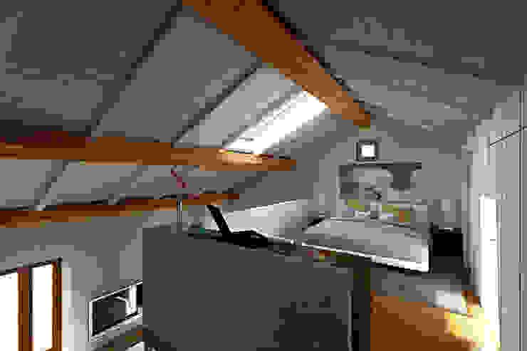 Bedroom by AAA Architettura e Design,
