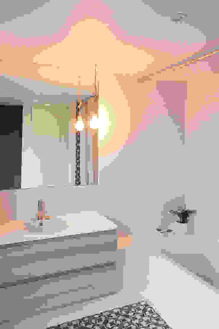 Alizée Dassonville | architecture Modern bathroom
