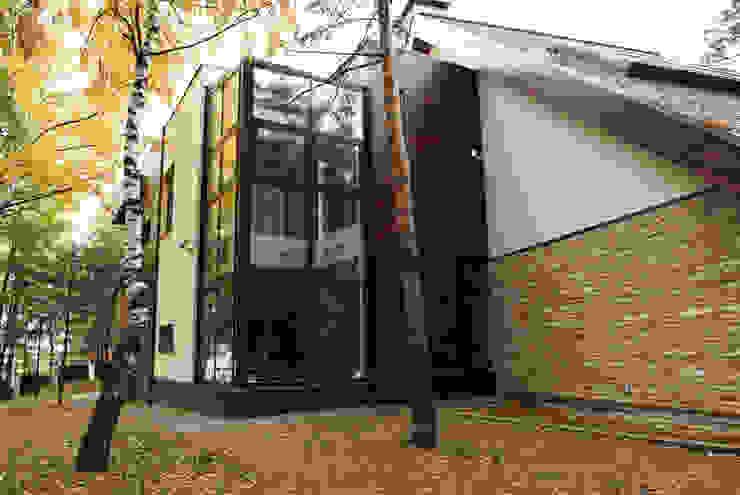 Загородный дом Дома в стиле модерн от Армен Мелконян Модерн