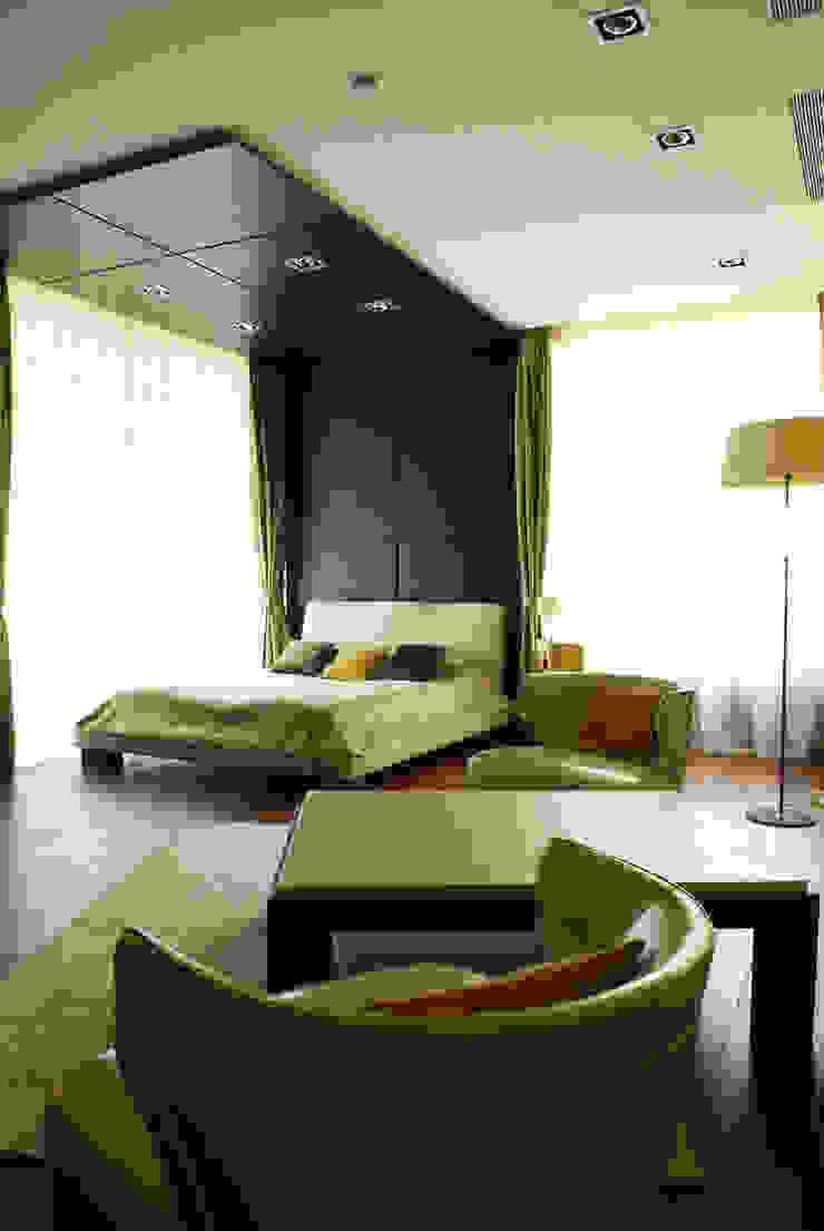 Загородный дом Спальня в стиле модерн от Армен Мелконян Модерн