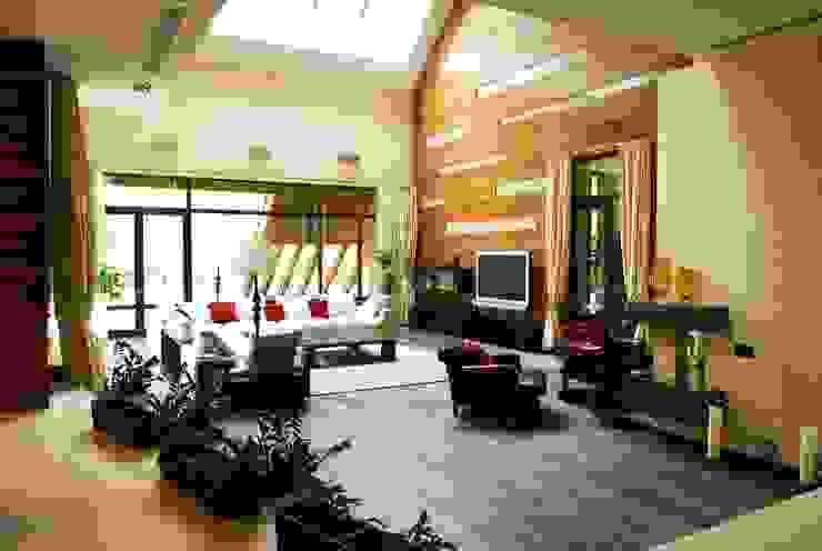 Ruang Keluarga Modern Oleh Армен Мелконян Modern