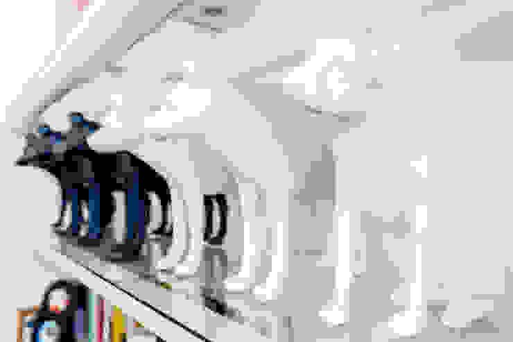 Our photoshoot for pies czy suka restaurant od Ayuko Studio Nowoczesny