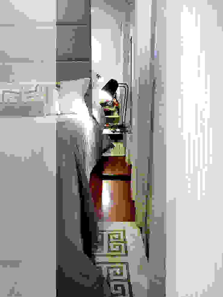 Moradia T3 Quartos minimalistas por Fragmentos Design Minimalista