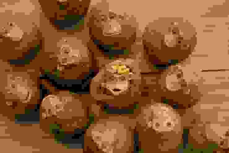 干支人形「猿」: 陶工房 扇屋が手掛けた折衷的なです。,オリジナル 陶器