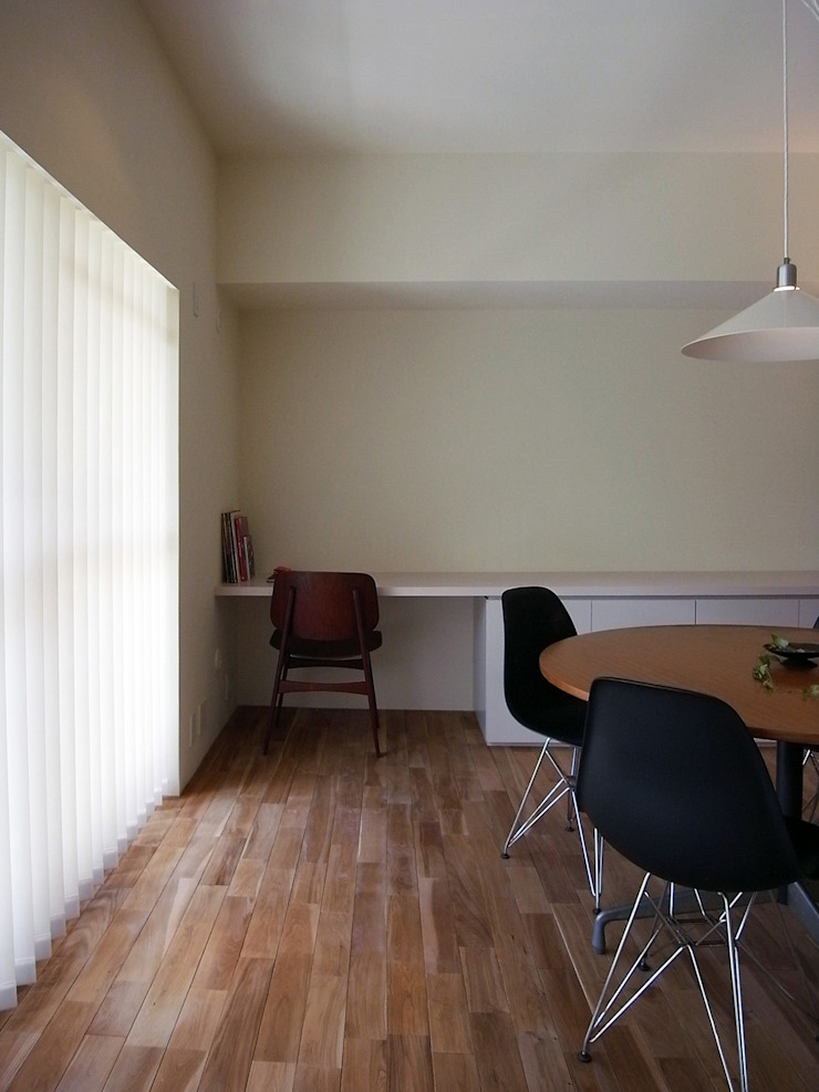 緑丘住宅リノベーション モダンデザインの ダイニング の 村松英和デザイン モダン
