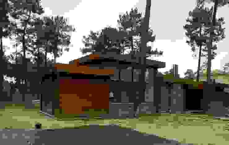 Rumah Gaya Eklektik Oleh Karst, Lda Eklektik