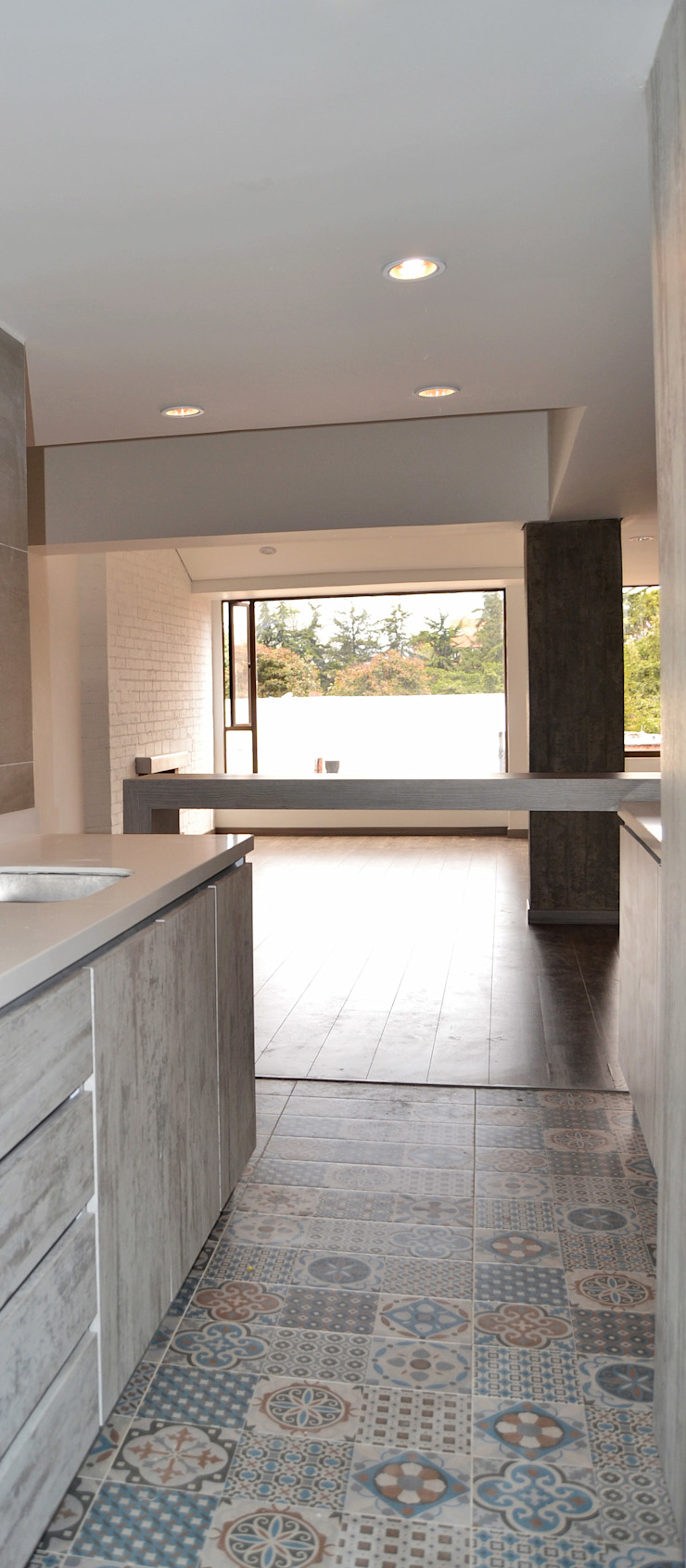 APARTAMENTO 104 Cocinas de estilo minimalista de ESTUDIO DUSSAN Minimalista