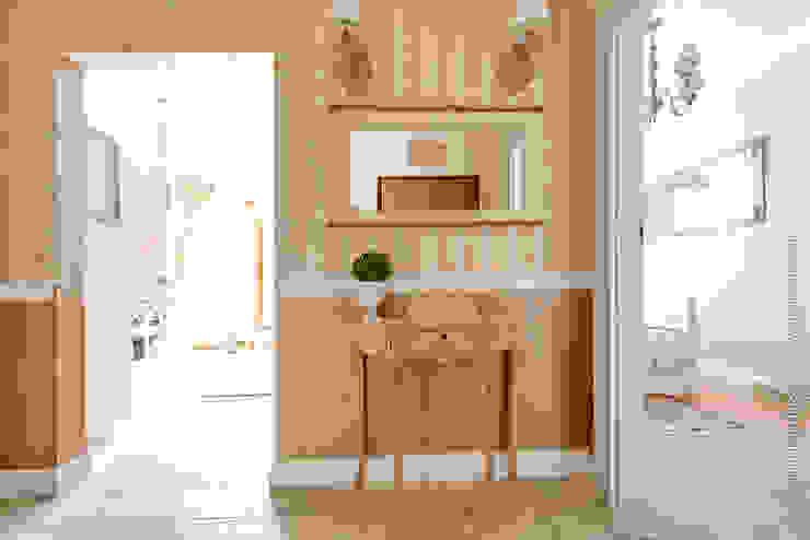 DreamHouse.info.pl Classic corridor, hallway & stairs