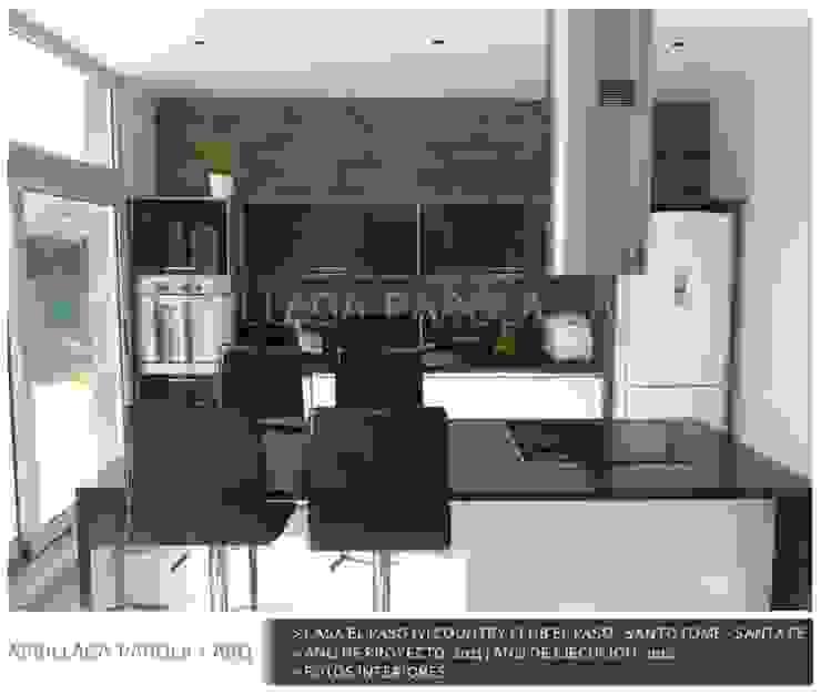 Casa El paso IV Cocinas modernas: Ideas, imágenes y decoración de ARRILLAGA&PAROLA Moderno
