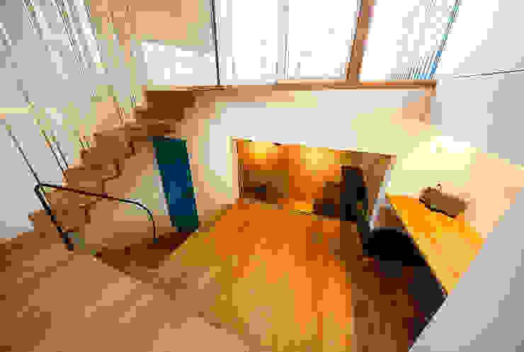 haus-note 北欧デザインの リビング の 一級建築士事務所haus 北欧 木 木目調