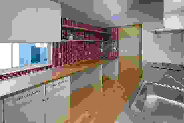Modern Kitchen by スズケン一級建築士事務所/Suzuken Architectural Design Office Modern