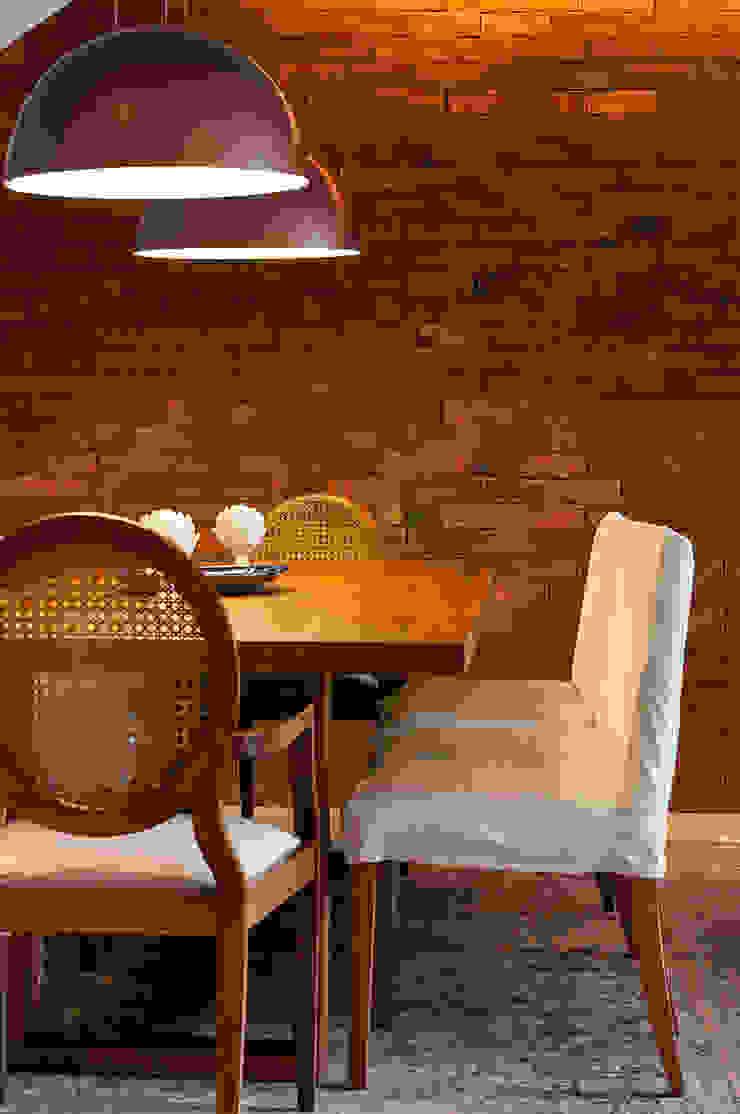 Av. Lúcio Costa Salas de jantar modernas por Alê Amado Arquitetura Moderno