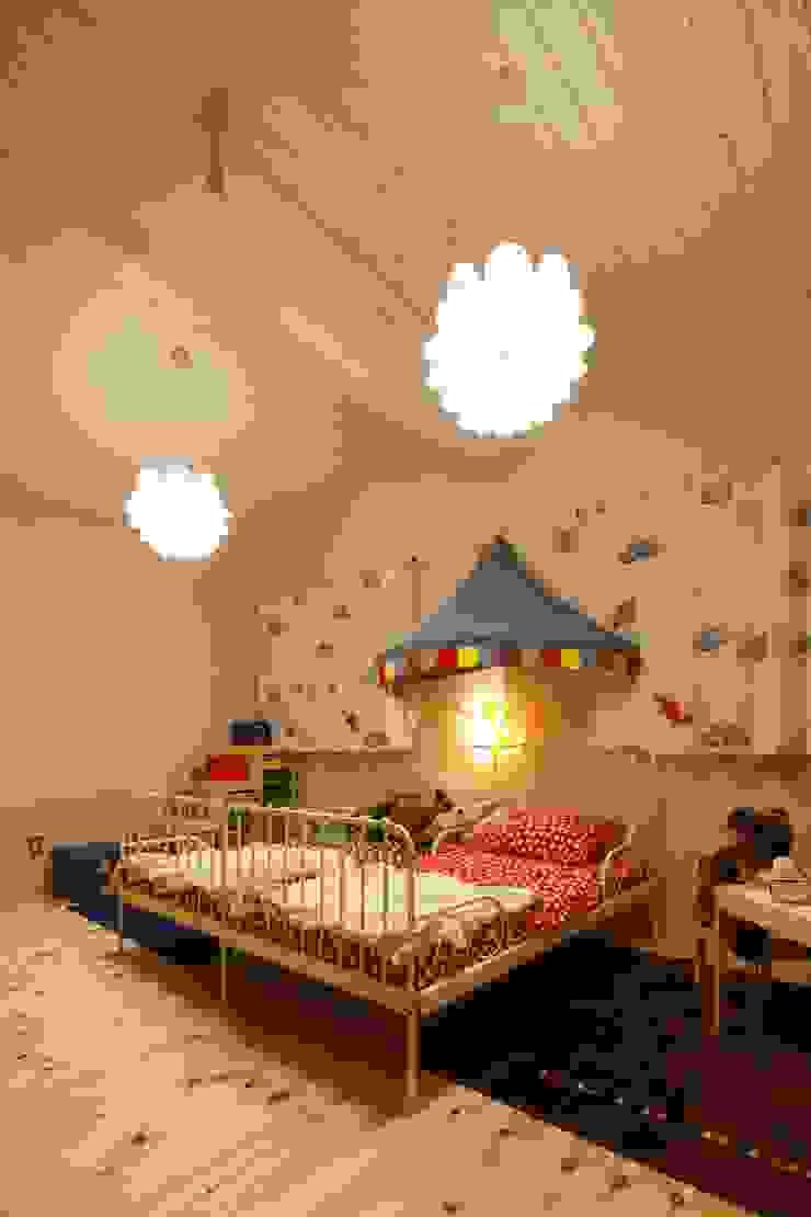 S's house 北欧デザインの 子供部屋 の dwarf 北欧
