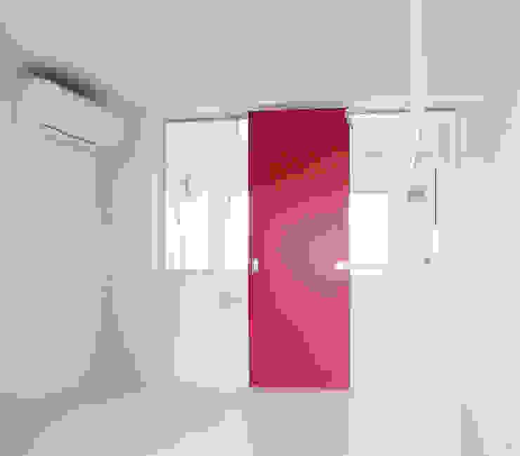 Modern style bathrooms by ユミラ建築設計室 Modern