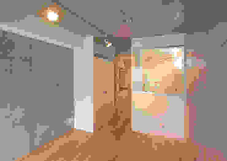 下北沢の賃貸マンション モダンスタイルの寝室 の ユミラ建築設計室 モダン