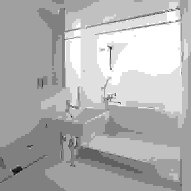 下北沢の賃貸マンション モダンスタイルの お風呂 の ユミラ建築設計室 モダン