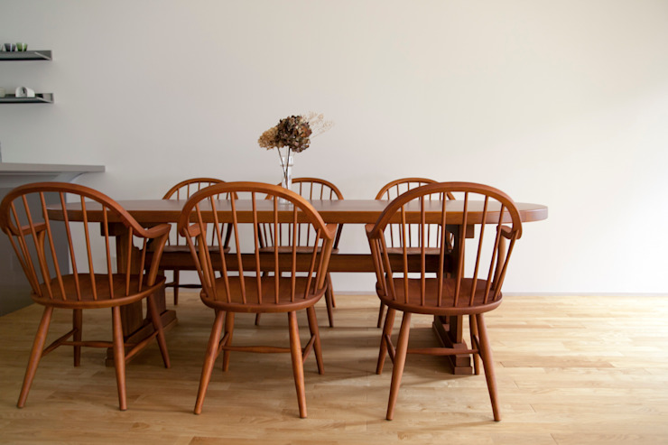 Eclectic style dining room by 村松英和デザイン Eclectic