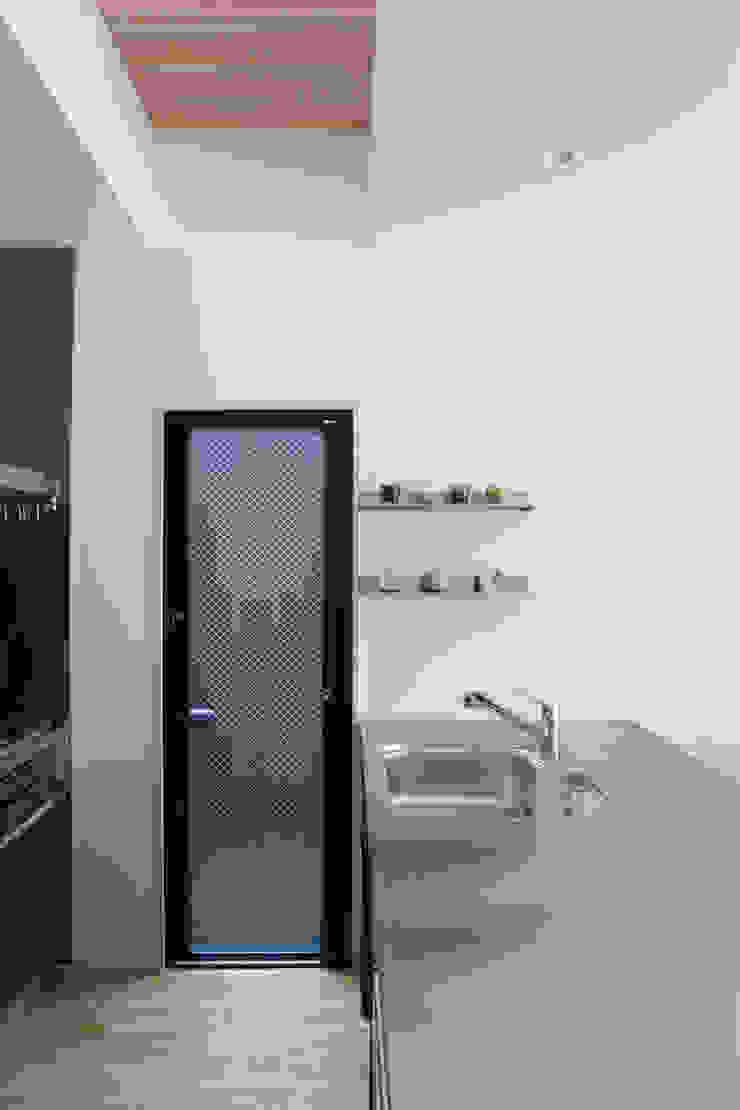 西陣の家 オリジナルデザインの キッチン の 村松英和デザイン オリジナル