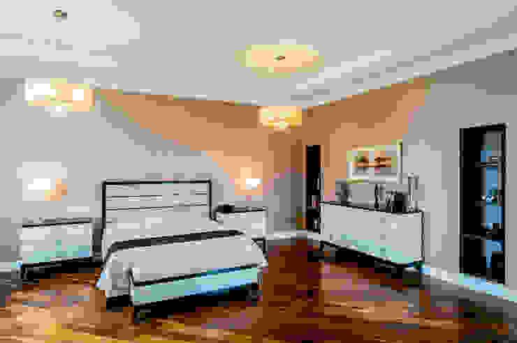 Спальня Спальня в классическом стиле от LUXER DESIGN Классический