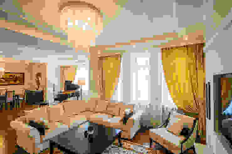 Гостиная Гостиная в классическом стиле от LUXER DESIGN Классический