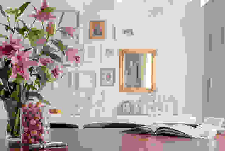 Sala da pranzo in stile classico di Ayuko Studio Classico