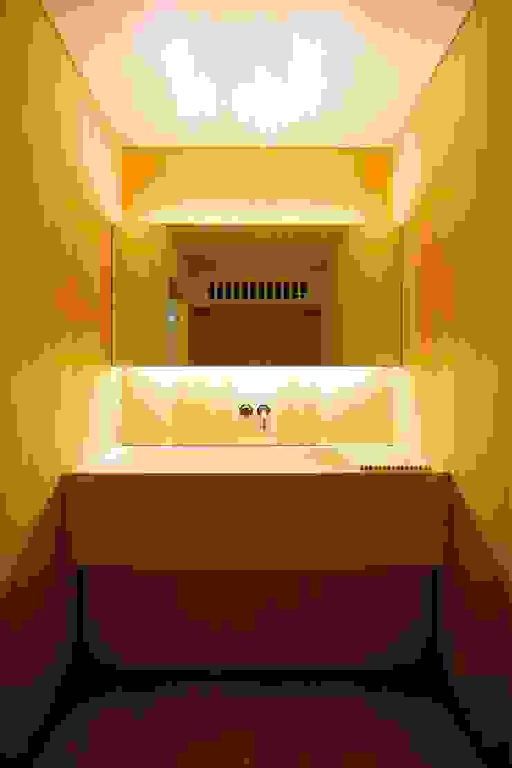 旅館花屋 和風の お風呂 の 花屋設計部 和風