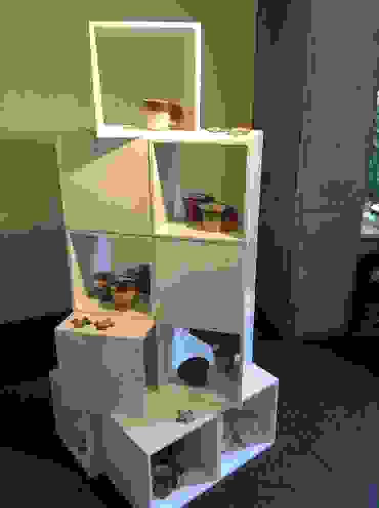 Cups: Ricca OKANOが手掛けた現代のです。,モダン 陶器