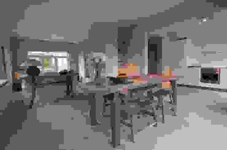 Hedeendaagse house Salle à manger moderne par H + H home & interiors Moderne