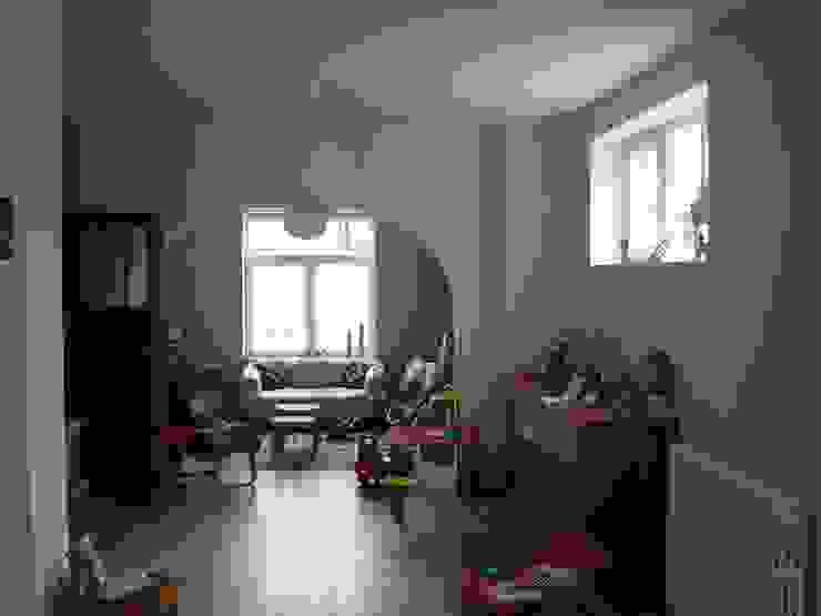 Extension et rénovation à Court-Saint-Etienne Salon moderne par Bureau d'Architectes Desmedt Purnelle Moderne