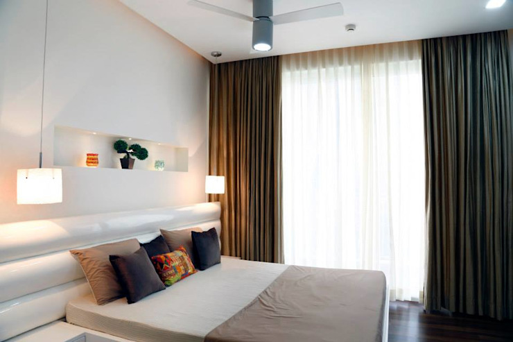 Mr.Reddy Residence Modern style bedroom by Uber space Modern