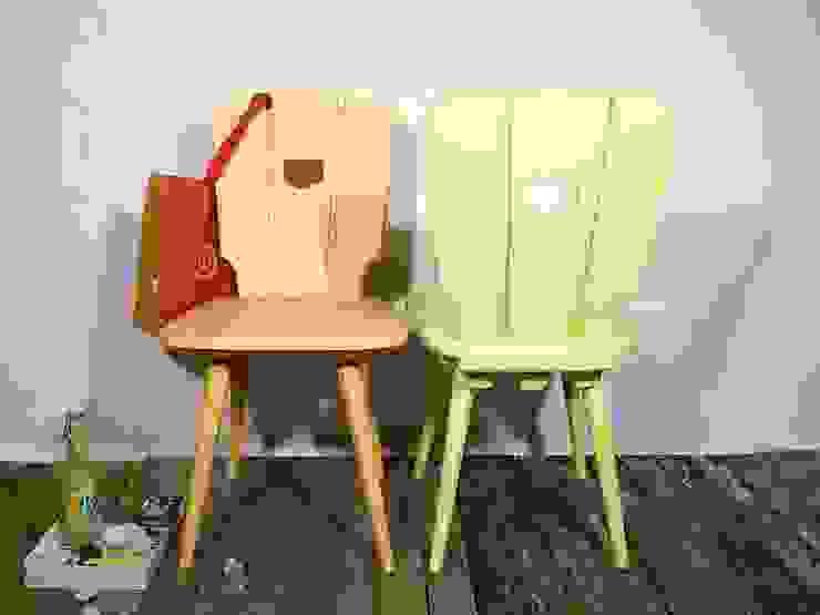 2 Holzstühle, pastellfarbenes Set, Küchenstühle von Schlüter Kunst und Design (restyled ) Landhaus Holz Holznachbildung