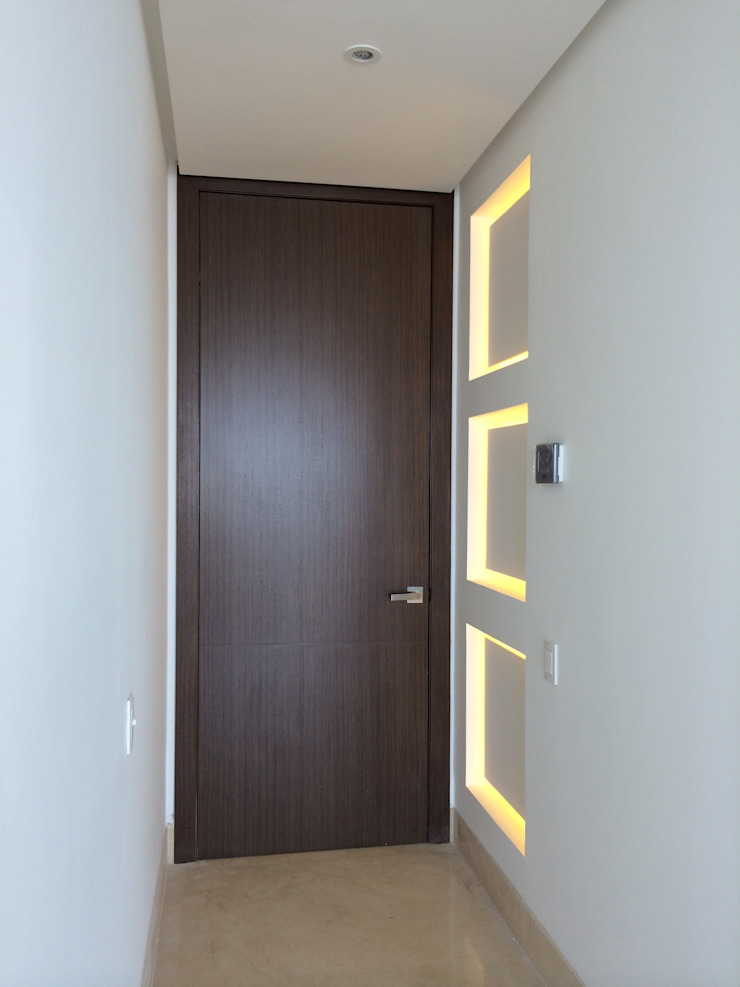 GRATTACIELO Paredes y pisos de estilo moderno de RCRD Studio Moderno