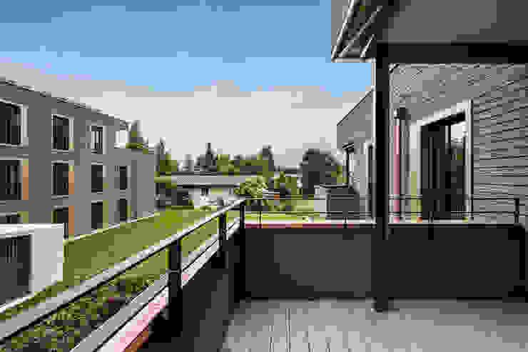 Giesser Architektur + Planung Casas modernas: Ideas, imágenes y decoración Madera Marrón
