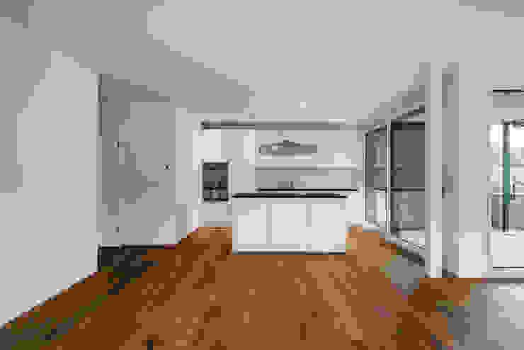 Giesser Architektur + Planung Modern style kitchen