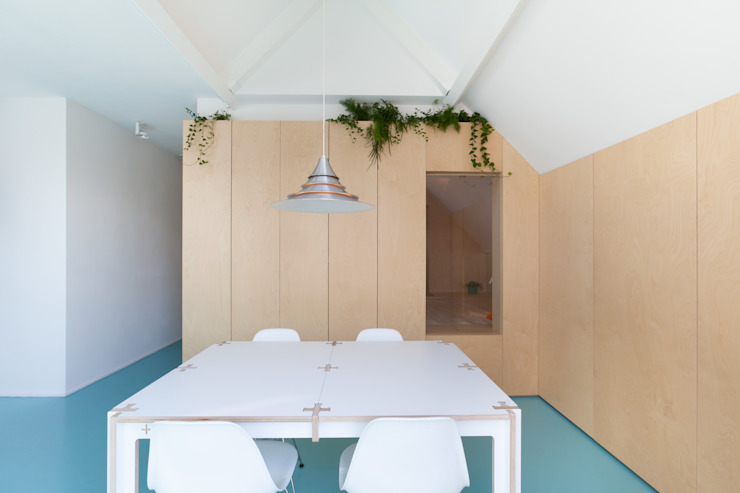Moderne Esszimmer von Bureau Fraai Modern