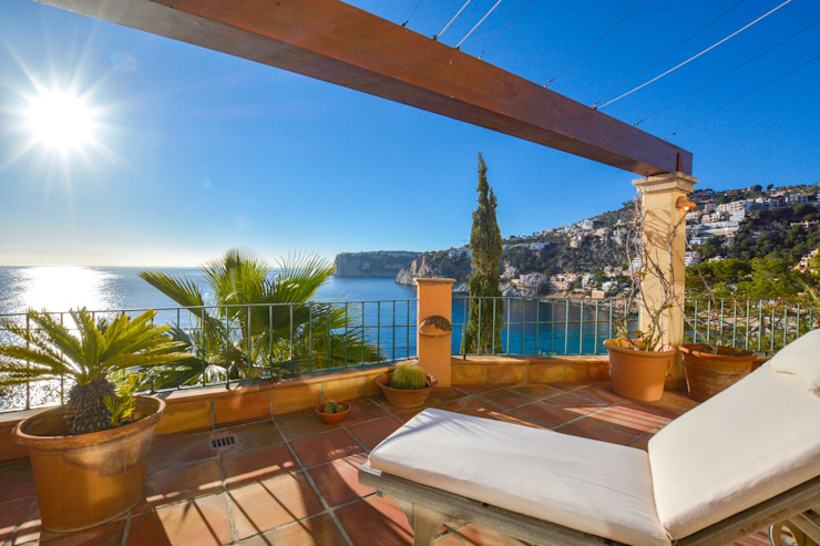 VILLA IN ERSTER LINIE IN PORT ANDRATX von Element 5 Mallorca S.L.U.